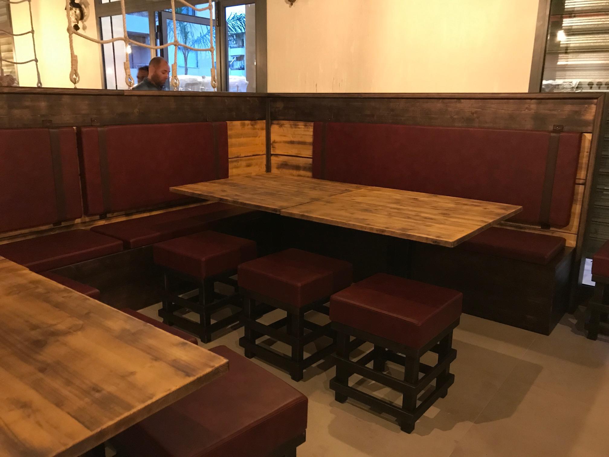 TemaLiving Arredamento e illuminazione History Pub Pizzeria Montepaone